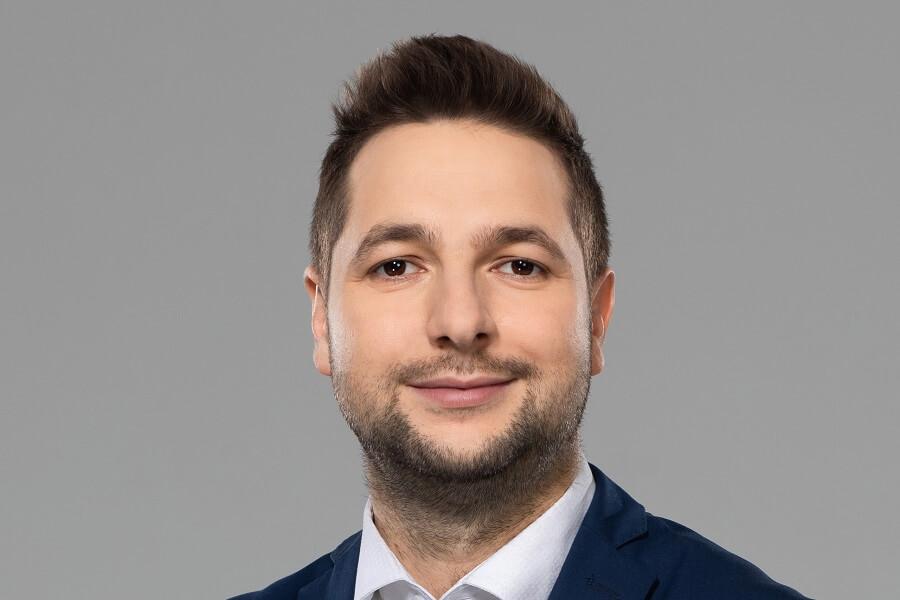 Byle Jaki, doktor nauk wojskowych, elitek Kaczyńskiego!