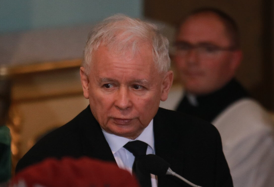 Jarosław Kaczyński potrzebuje trupiego paliwa
