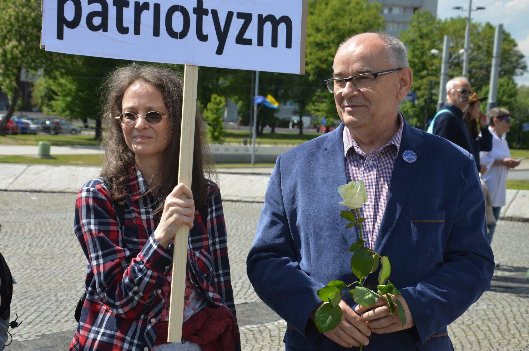 Głos na A. Dudę, to topór zdrady w plecy Polaków