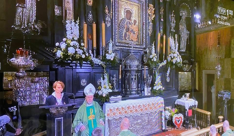 Biskupi w Polsce PiS-em zastępują Boga