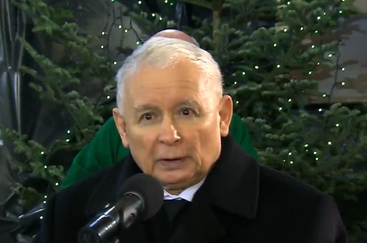 Angażuję się w ciemno przeciwko mocy zła paranoików i łajdakom Kaczyńskiego